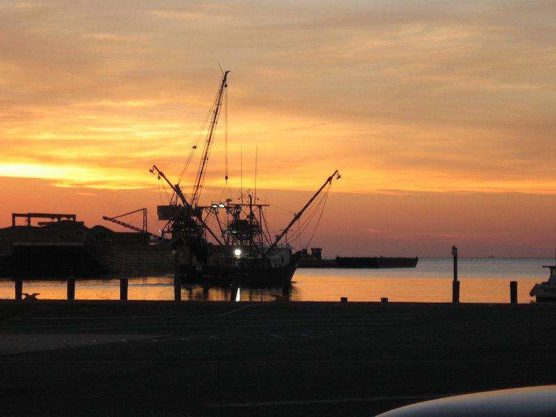 work_boat_at_harbor_at_sunset_web